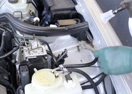 Cleaning and Detailing a Mercedes Engine Compartment- On Demand Video Instruction