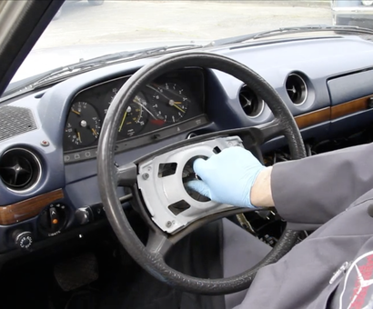 1973 to 1985 Steering Wheel Removal and Replacement