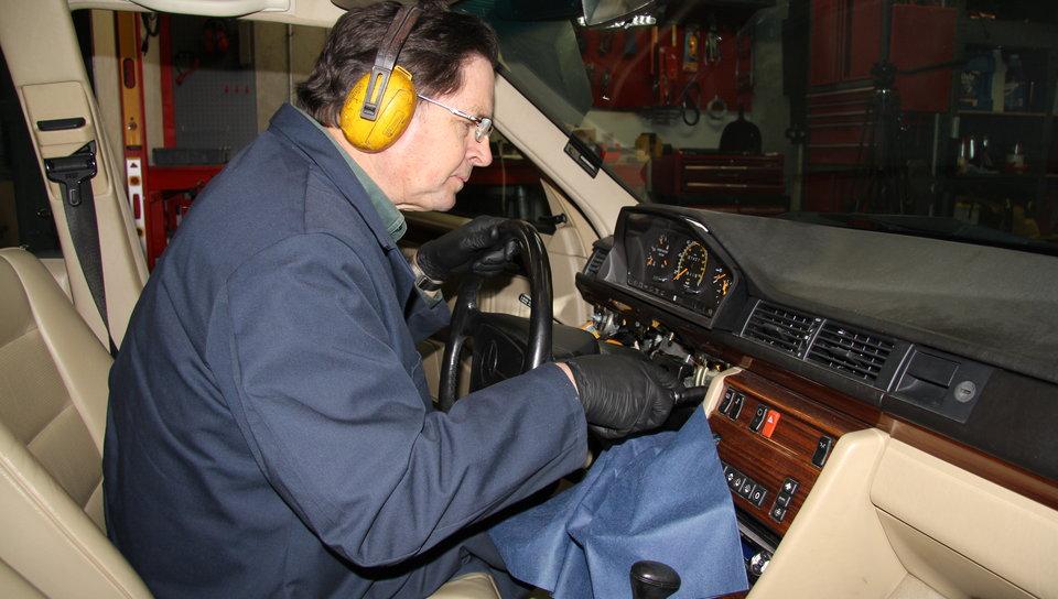 Mercedes Stuck Steering Lock Repair - On Demand Video Manual