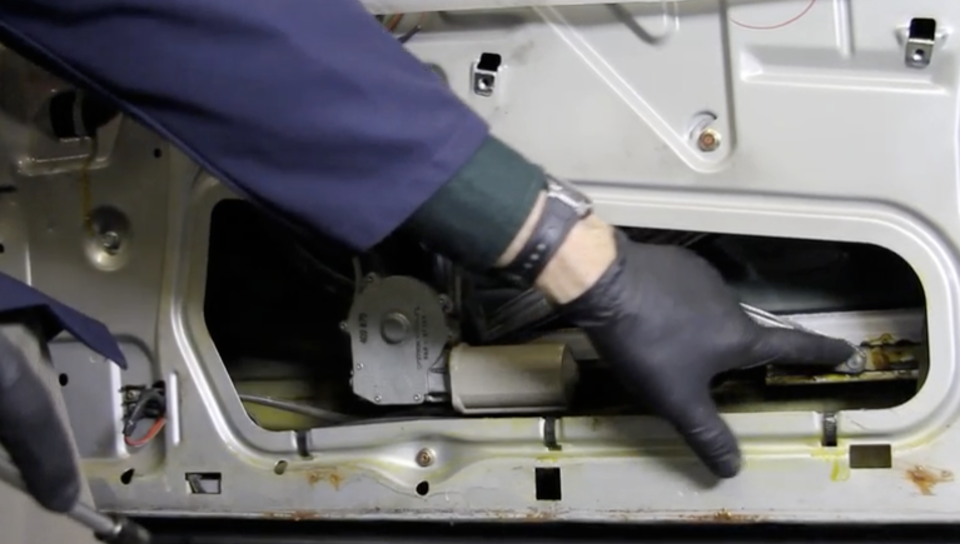 Window Regulator Replacement Procedures- On Demand Video Instruction
