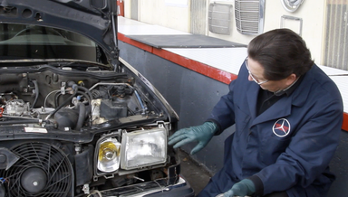 126 Headlight Removal - On Demand Video Instruction