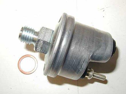 126 300SD Oil Pressure Sending Unit
