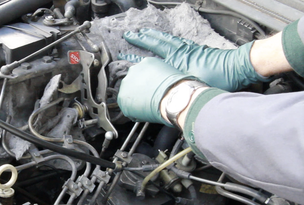 Diagnosing Diesel Engine Knocking Noises | Engine Problem