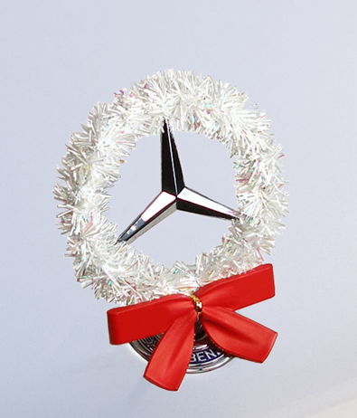 Mercedes holiday hood star wreath white product for Mercedes benz christmas ornament