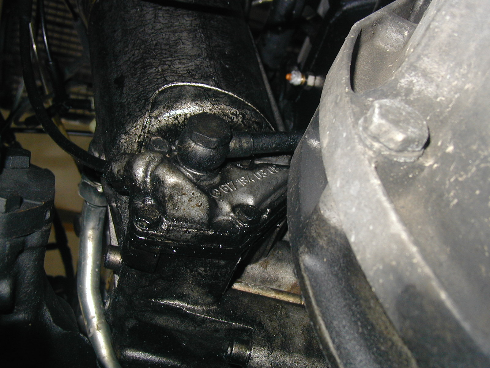 Isolating And Repairing Diesel Engine Fluid Leaks Transmission Clk320 Fuel Filter Problem