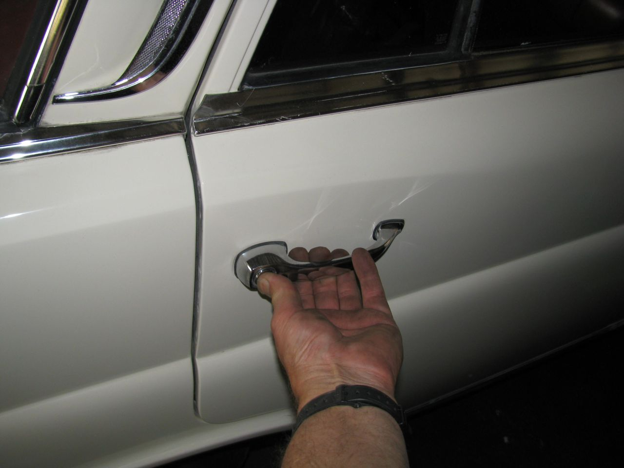 Opening Up Stuck Doors On Old Mercedes Body And Exterior