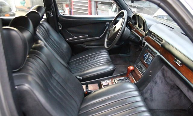 w116 and w123 broken down front seat swap interior problem. Black Bedroom Furniture Sets. Home Design Ideas
