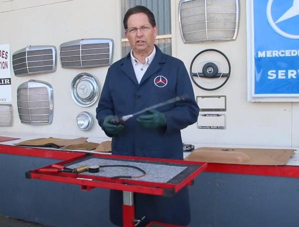 How to test a w123 vacuum door lock actuator vacuum for Mercedes benz door lock problem