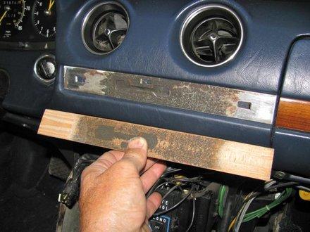 Dash Wood Coming Loose | Interior Problem | MercedesSource com
