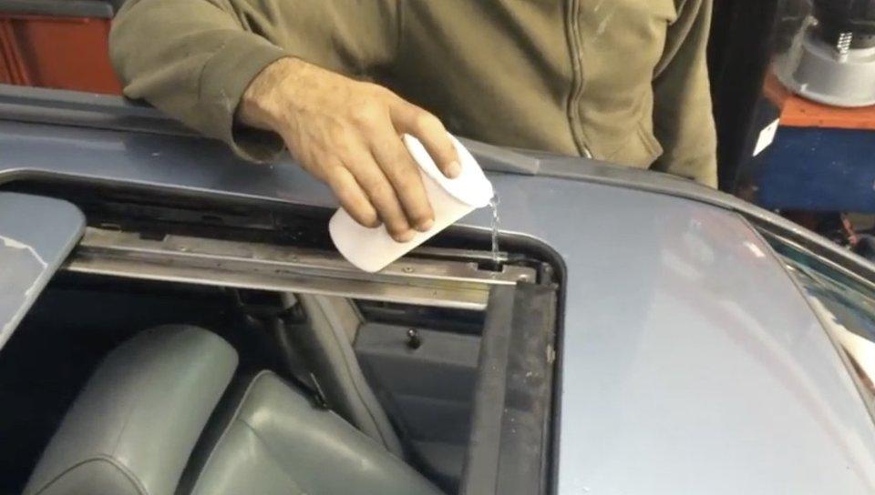 Sunroof Drain Repair & Jeep Grand Cherokee Moon Roof Leak Fix